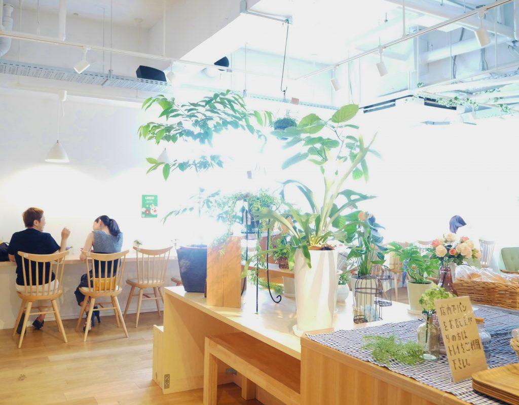 カフェ、徳山駅、周南市、パン、スープ、本、子供連れ、授乳室