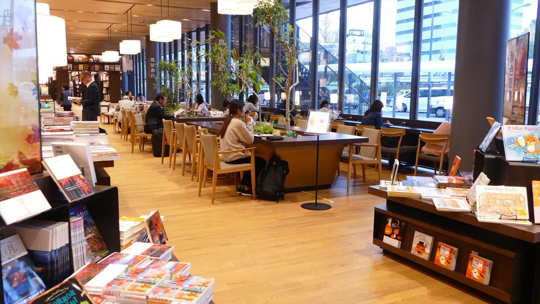 徳山駅スターバックス
