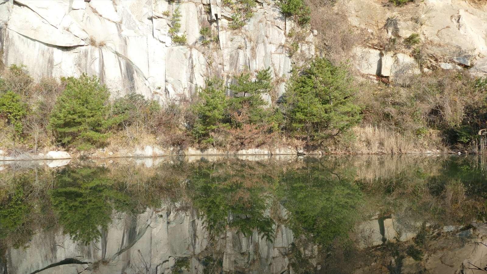大津島採石場跡