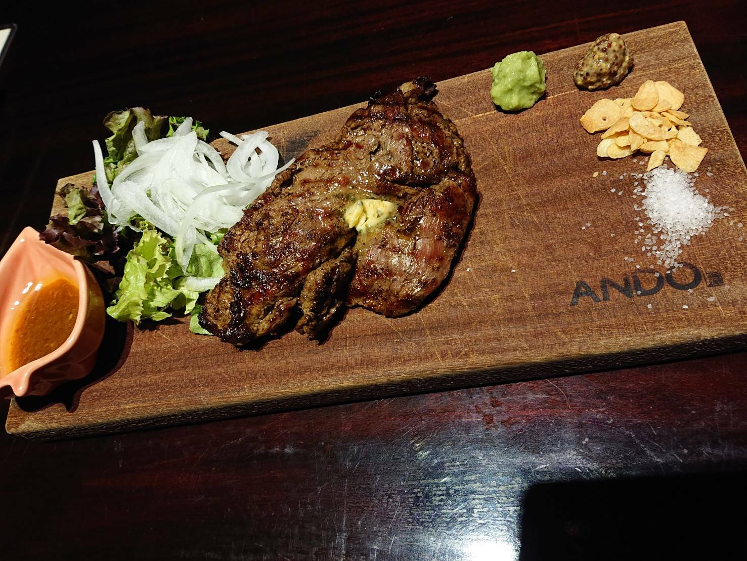 ANDOの赤身ステーキ
