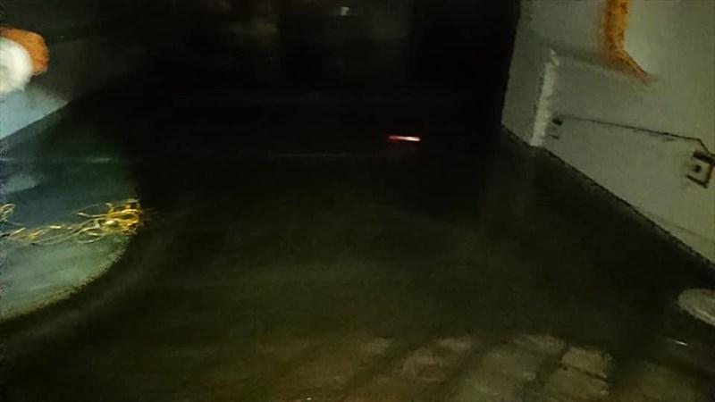 銀南街水没