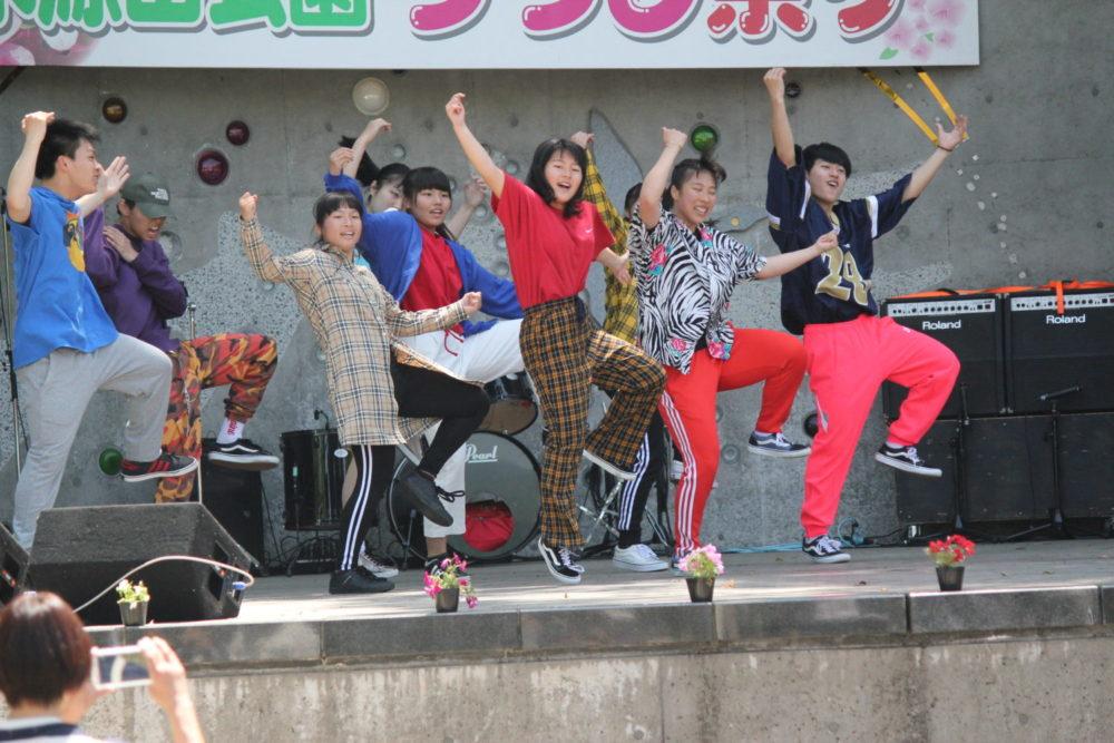桜が丘高校アーティストコース&ダンス部