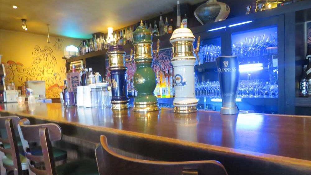 女子人気が高い理由は?クラフトビールが飲めるRestaurant&Bar Charry's